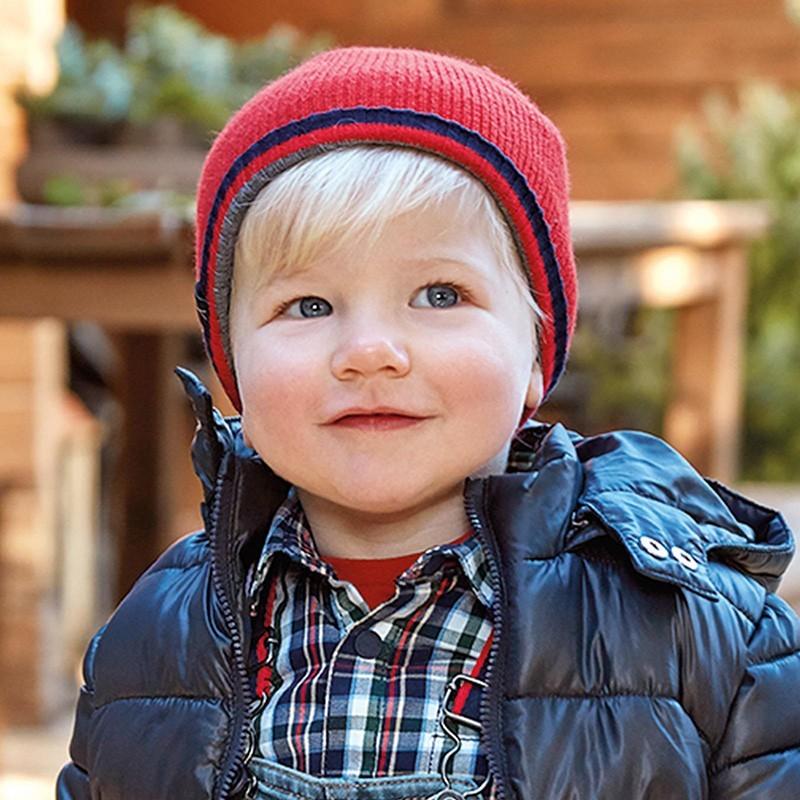 Chlapecká zimní čepice Mayoral 10846-69 červená barva