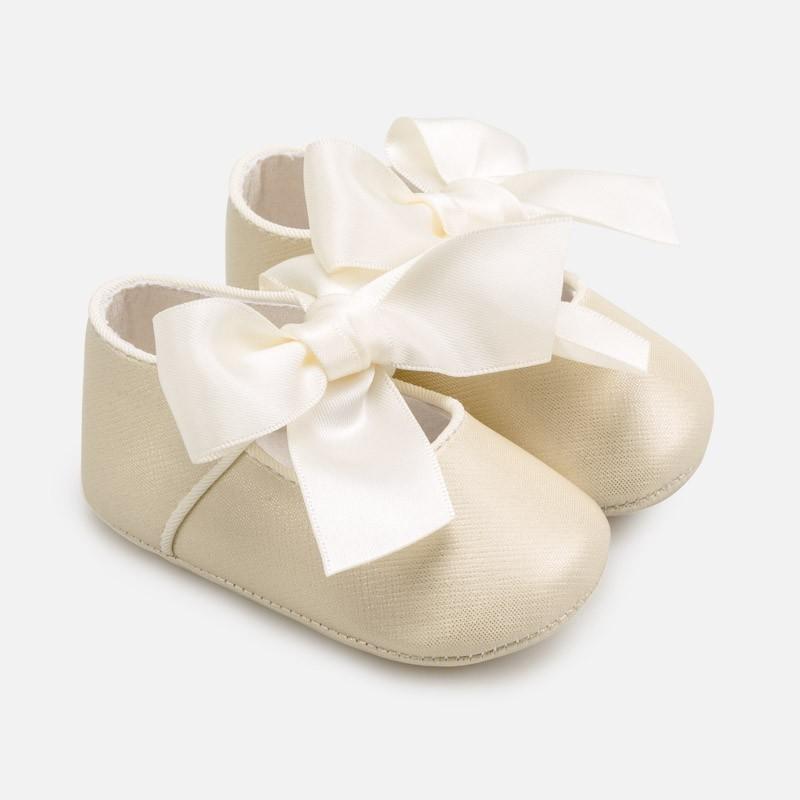 Elegantní boty pro dívku Mayoral 9284-31 zlato