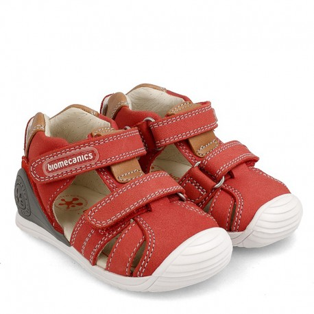 Biomecanics 202144 chlapecké sandály červené